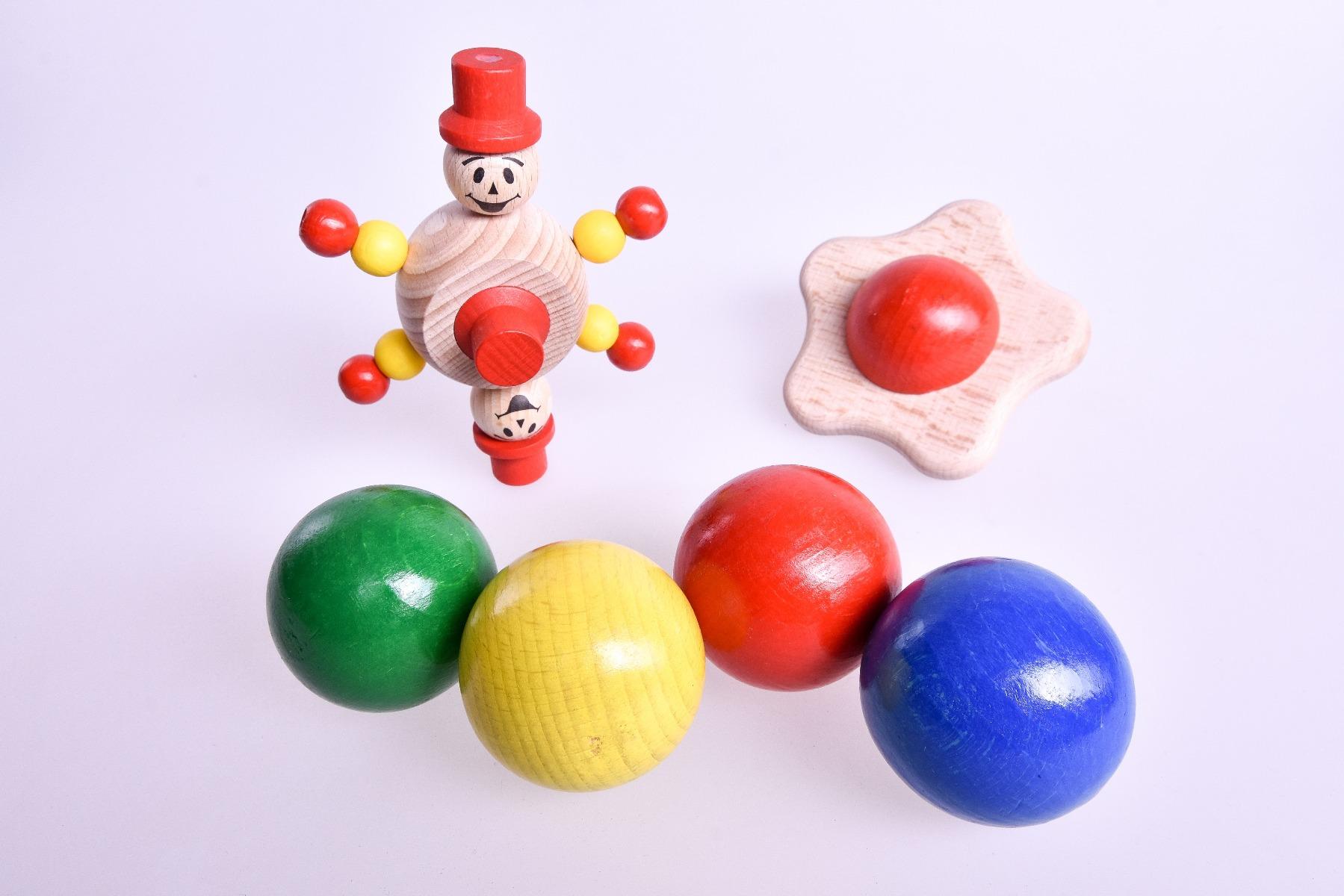 Holzspielzeug für Kugelbahn